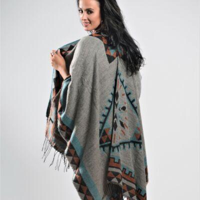 Varianna Ashen Knitted Shawl